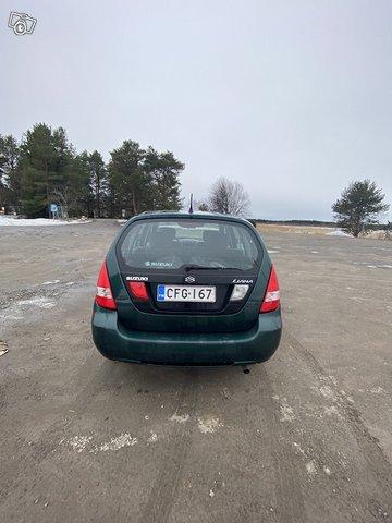 Suzuki LIANA 5