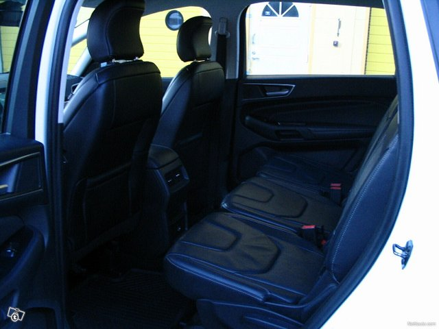 Ford S-MAX 25