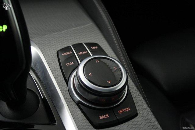 BMW 530 24