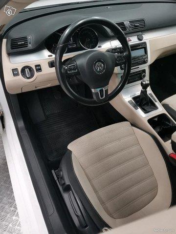 Volkswagen Passat CC 8