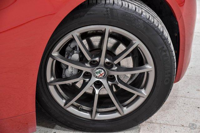 Alfa Romeo Giulia 5
