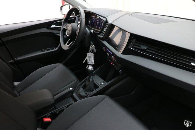 Audi A1 6