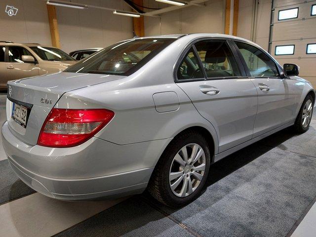 Mercedes-Benz C 6