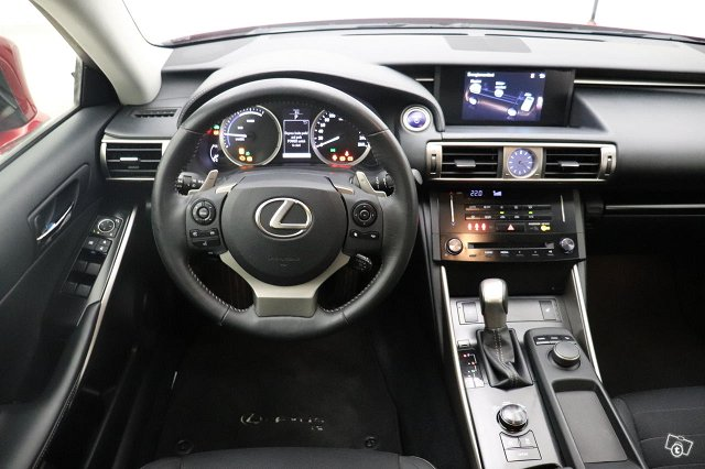 LEXUS IS 13