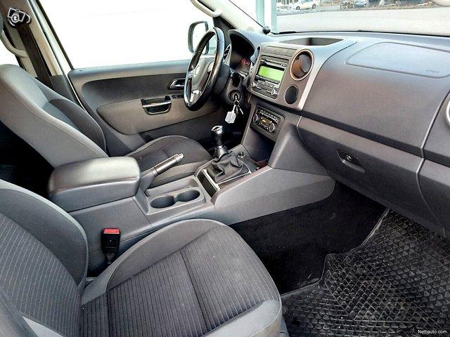 Volkswagen Amarok 11