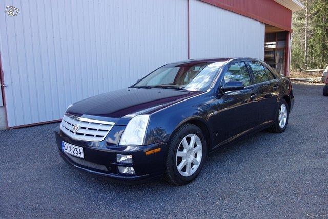 Cadillac STS 1