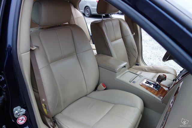 Cadillac STS 15