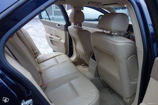Cadillac STS 16