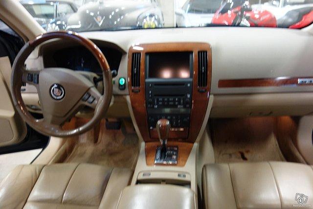 Cadillac STS 18