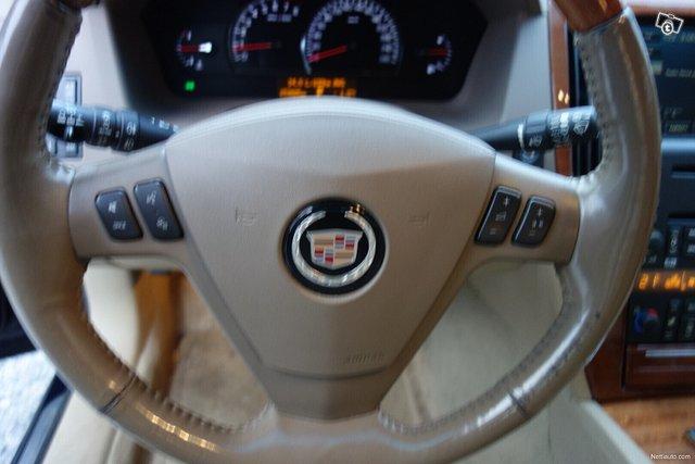Cadillac STS 19