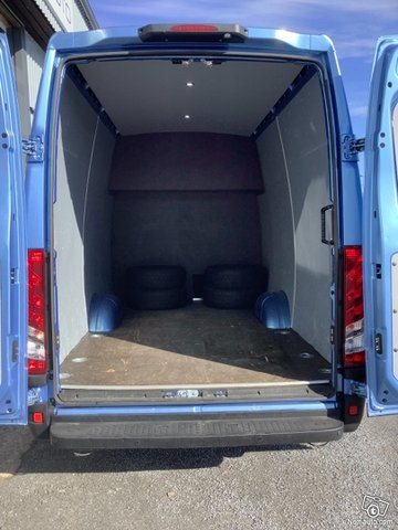 Iveco Daily 12