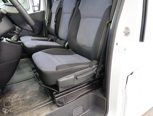 Opel Vivaro 14