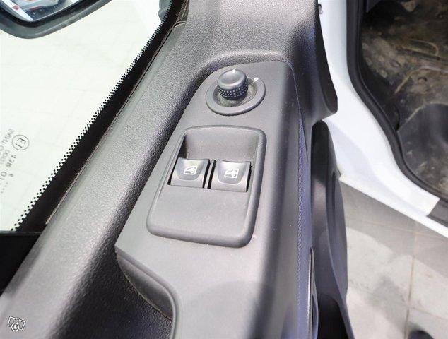 Opel Vivaro 25