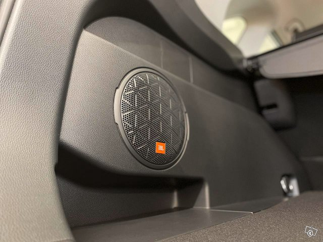 Toyota RAV4 12