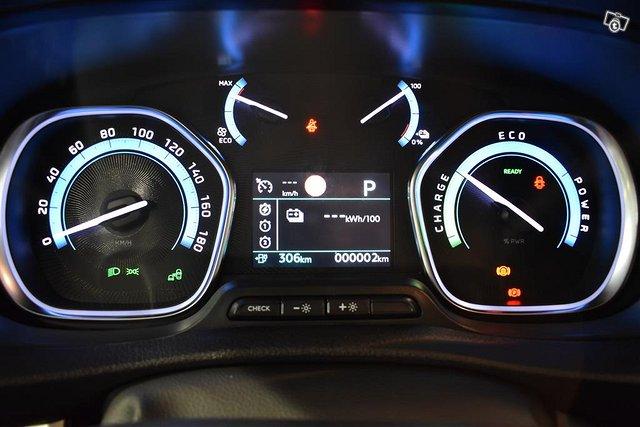 Opel Zafira-e 16
