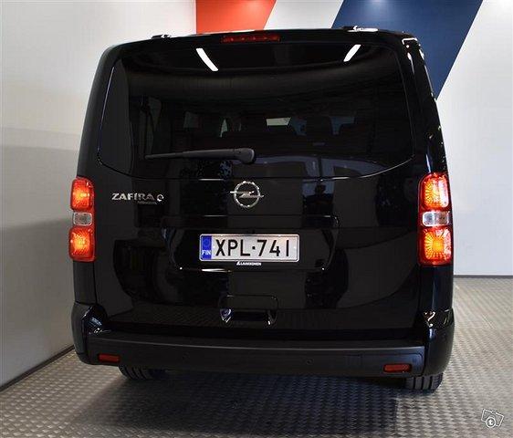 Opel Zafira-e 21