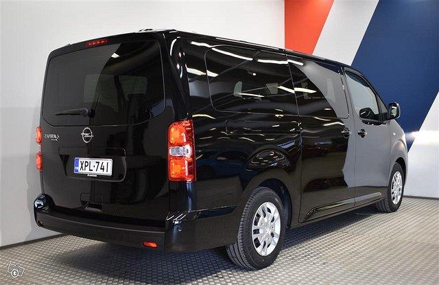 Opel Zafira-e 22