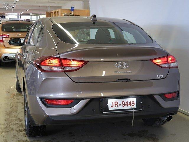 HYUNDAI I30 Fastback 18