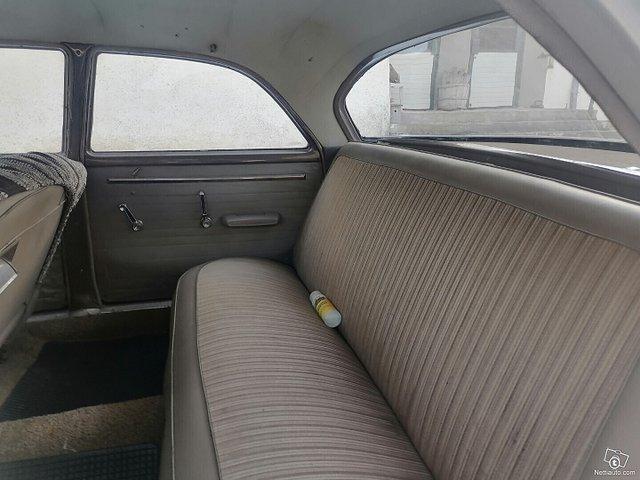 Dodge 880 11