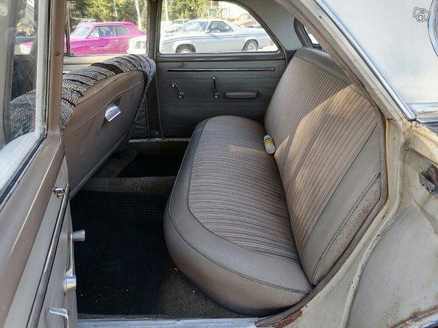 Dodge 880 14