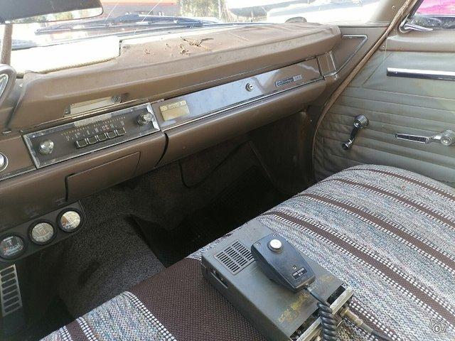 Dodge 880 17