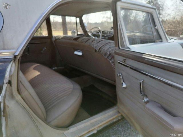 Dodge 880 19