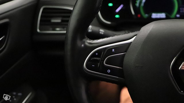 Renault Talisman 15