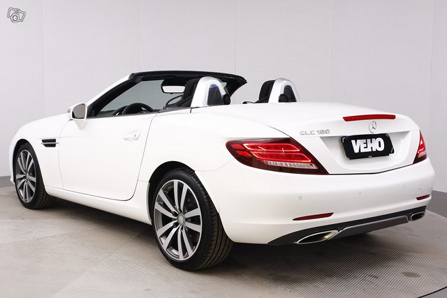 Mercedes-Benz SLC 3