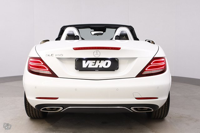 Mercedes-Benz SLC 4