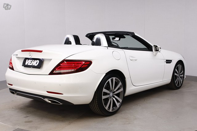 Mercedes-Benz SLC 5
