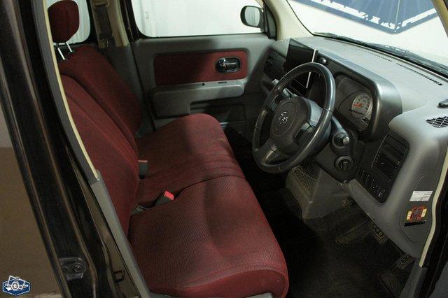 Nissan Cube 7