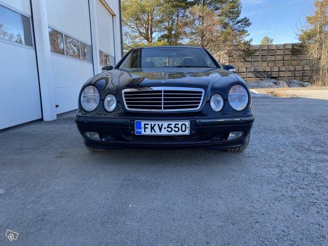 Mercedes-Benz CLK 430 7