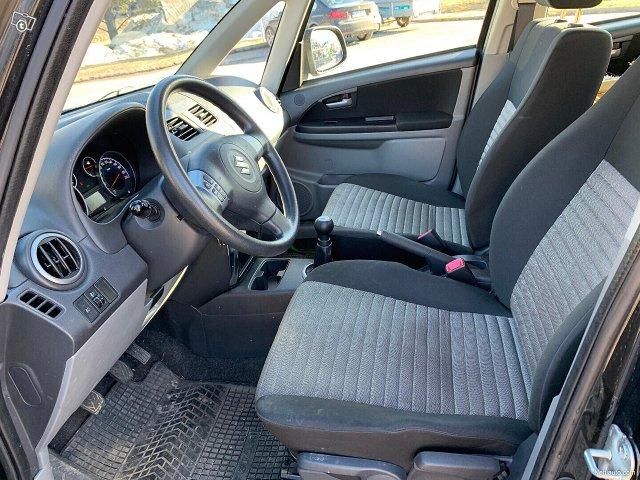 Suzuki SX4 5