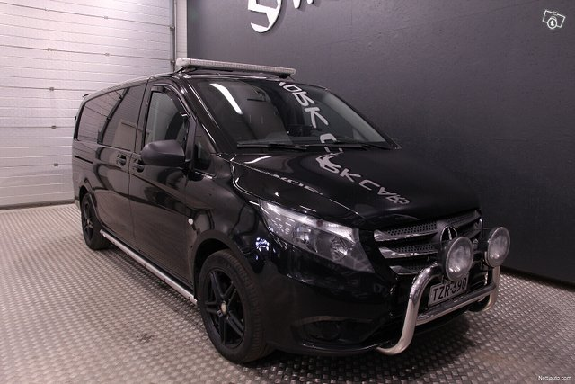 Mercedes-Benz Vito 8