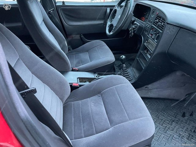 Saab 9000 6