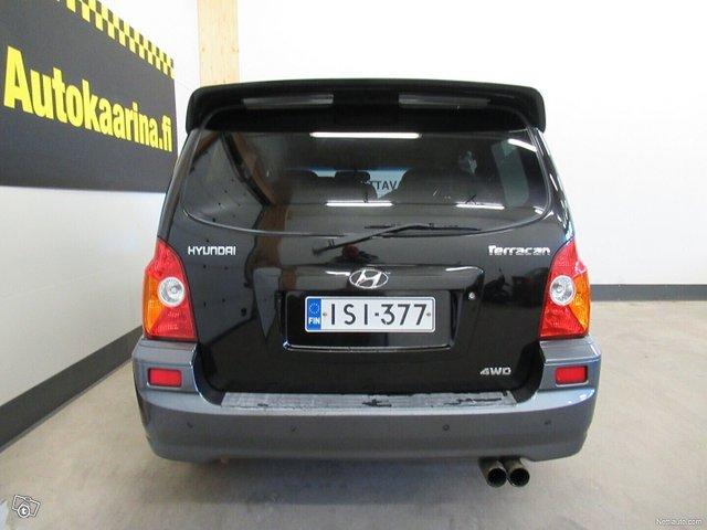 Hyundai Terracan 6