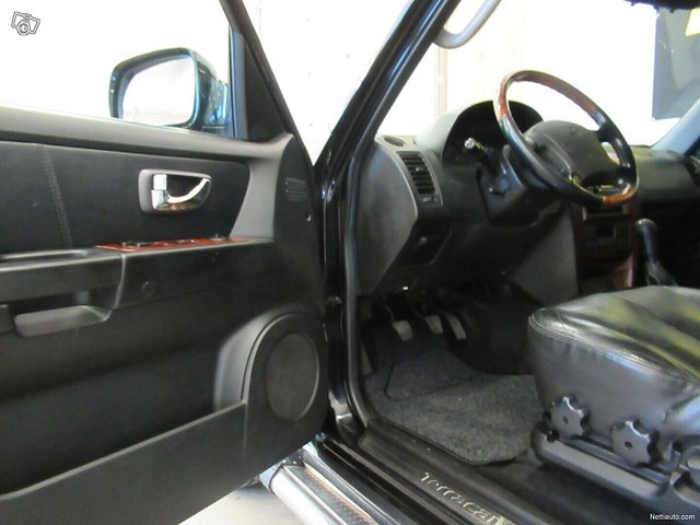Hyundai Terracan 9