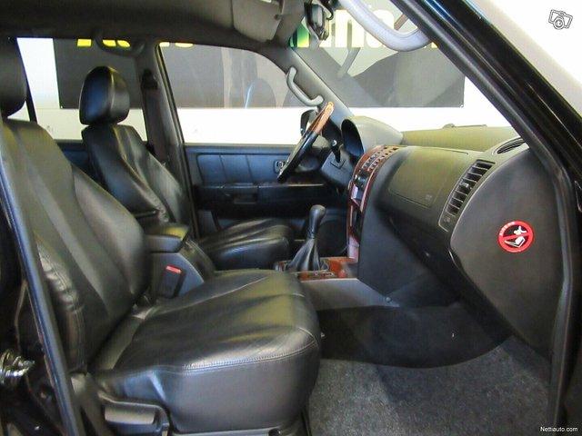 Hyundai Terracan 12