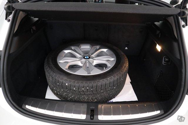 BMW X2 13