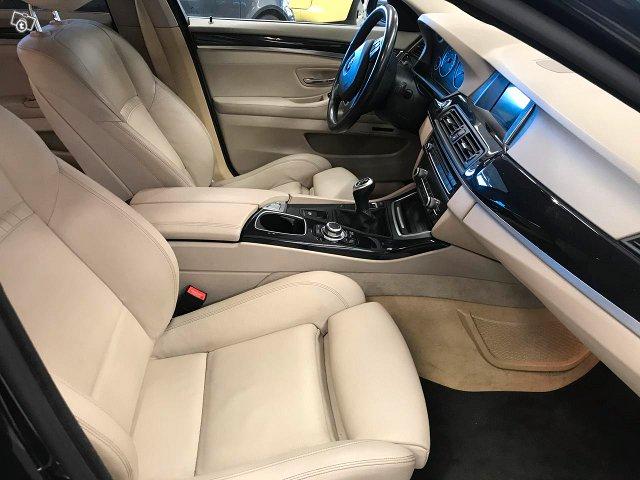 BMW 528 13