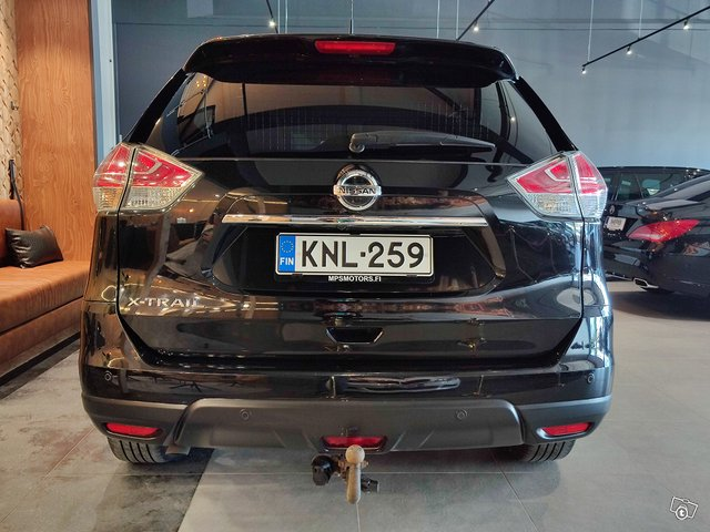Nissan X-Trail 8