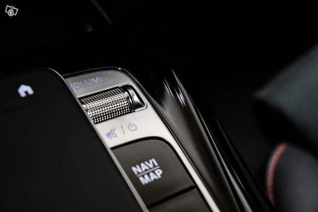 Mercedes-Benz A 35 AMG 25