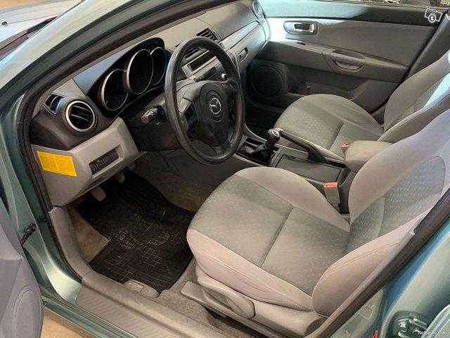 Mazda 3 14