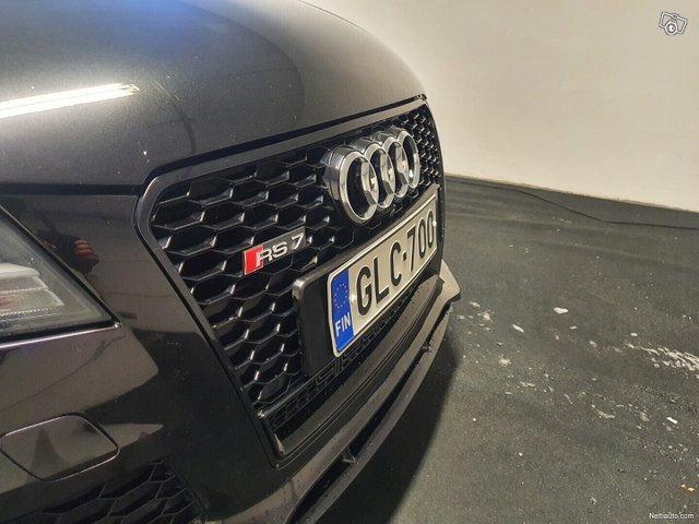 Audi RS7 8