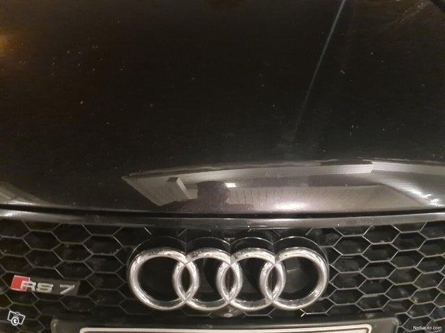 Audi RS7 9
