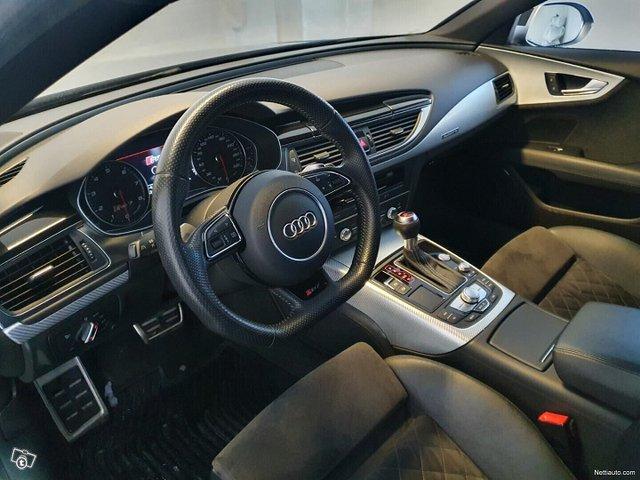 Audi RS7 25