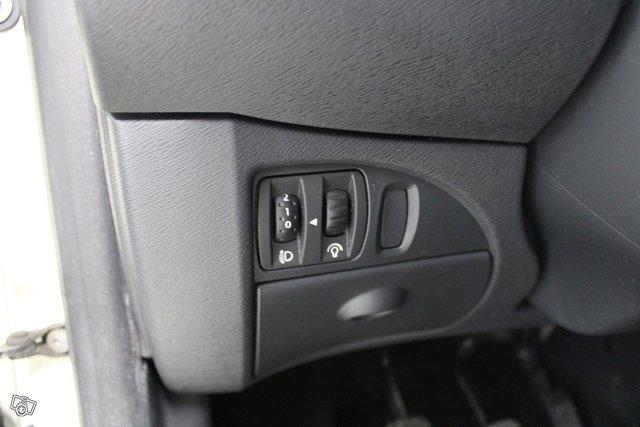 Renault Twingo 19