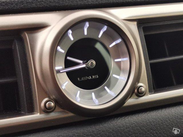 Lexus GS 21