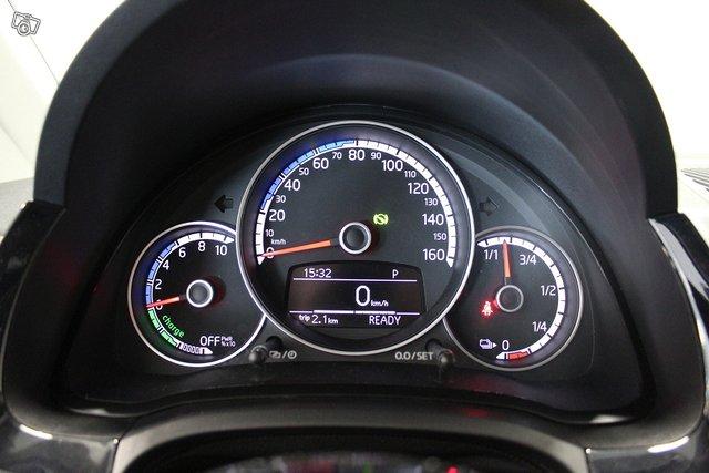 Volkswagen Up 18