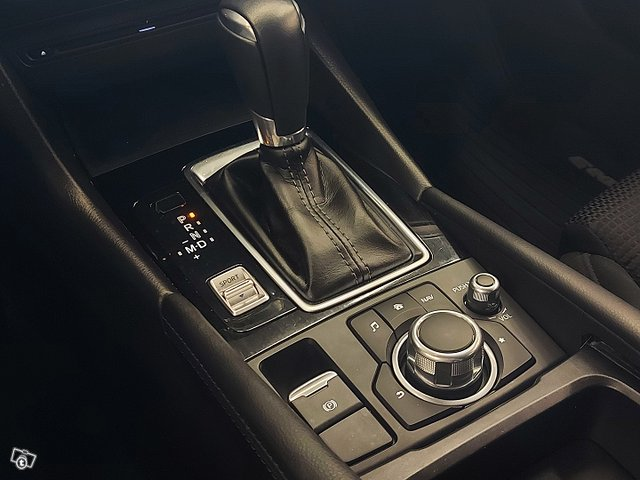 Mazda 3 13
